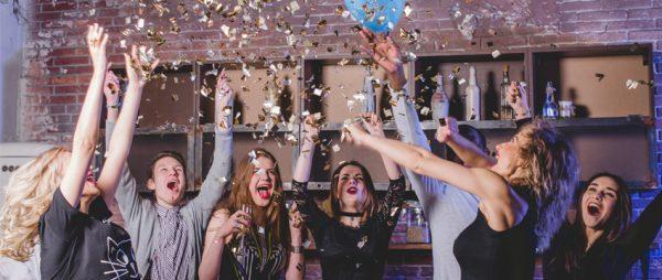 housewarming-party-enjoyment