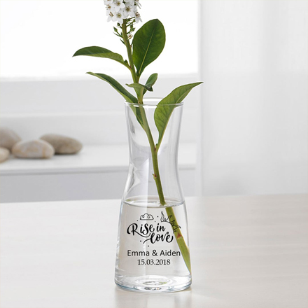 Flower-vases-housewarming-gifts